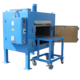 The drying ovens as so-called shuttle ovens facilitate the handling of heavy parts. There are versions with loading aids at the same height or completely retractable bogie cars. Smooth-running swivel and / or fixed castors support the operator when loadin